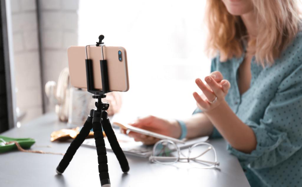 PT Webinar Cameraphone Tripod